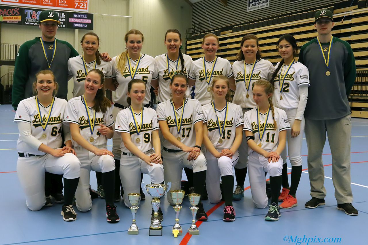 Segrande lag Leksand Lumberjacks som vann finalen mor Söder med 16-1 (5).